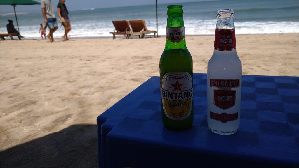 couple-of-refreshing-drinks-on-the-kuta-beach
